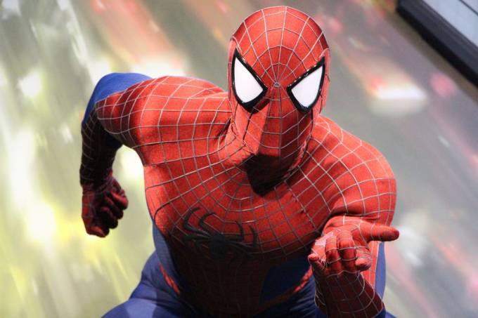 spiderman disneyland