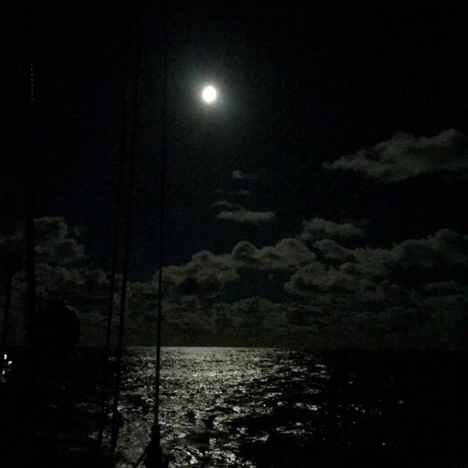 Super lua no Atântico