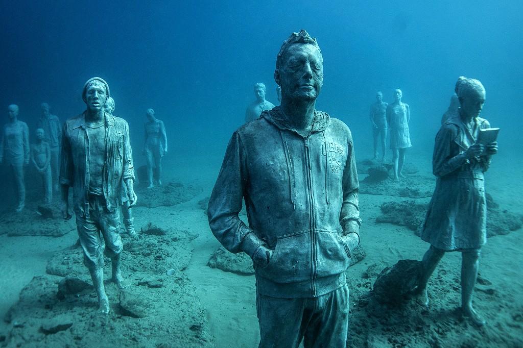 As obras no fundo do mar de Lanzarote, uma das ilhas Canárias da Espanha (Foto: reprodução/Jason deCaires Taylor)