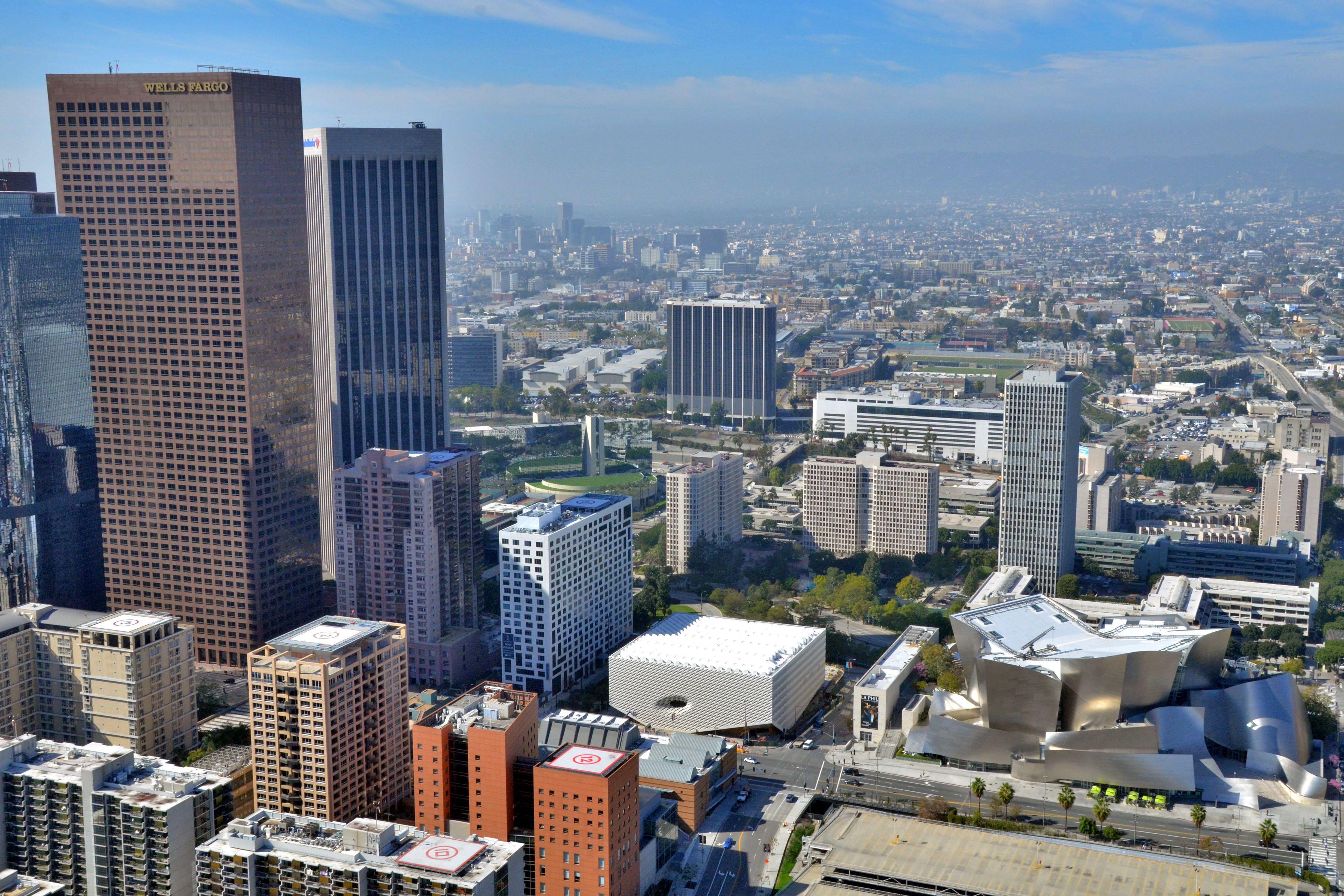The Broad e Disney Concert Hall vistos de cima (crédito: warren_air)
