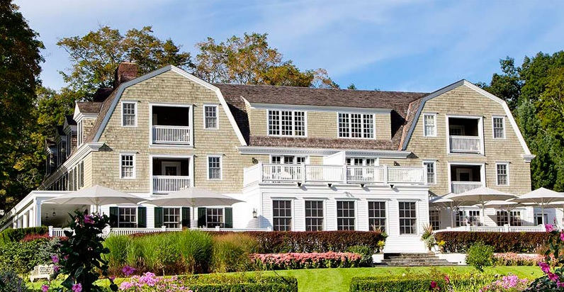 O elegante hotel-butique The Mayflower Grace que também teria inspirado o Independence Inn, o hotel da ficção