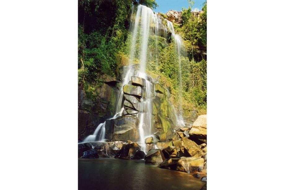 Cachoeira Mirindiba na cidade de Lajeado, Tocantins