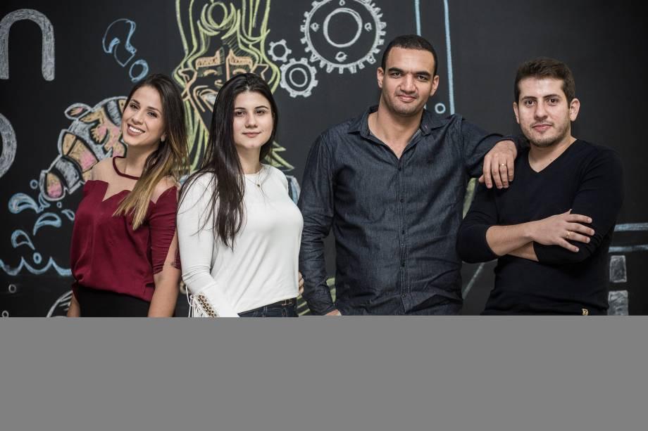 Os integrantes da startup TravelFi: Mayara Calil,Juliana Marques,Luiz Carvalho eDiego Figueredo