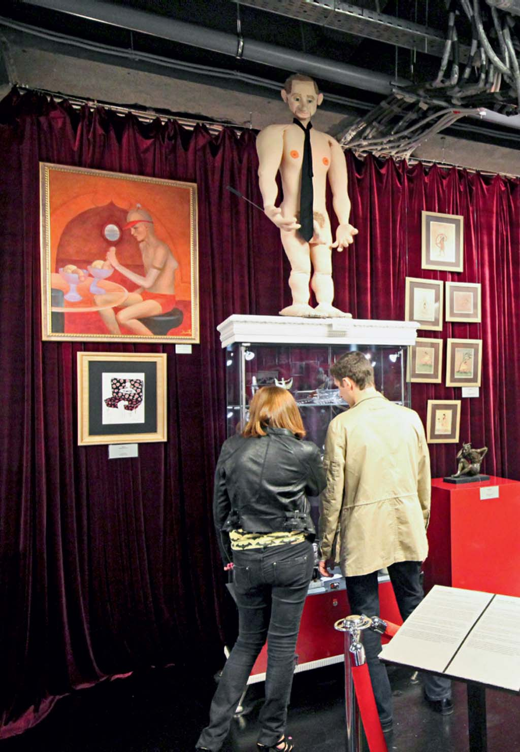 Uma das salas do Tochka G, o museu do sexo, em Moscou, Rússia