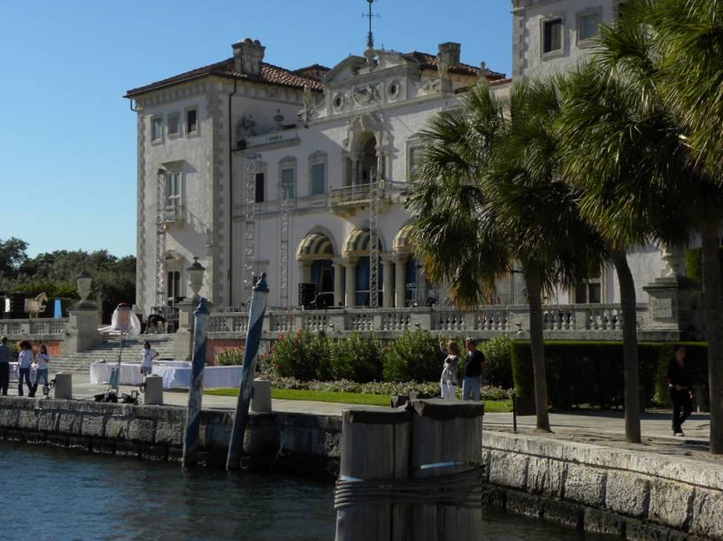 Arte e arquitetura da Renascença fazem parte do Vizcaya Museum & Gardens, instalado em uma mansão erguida em 1916 pelo magnata James Deering