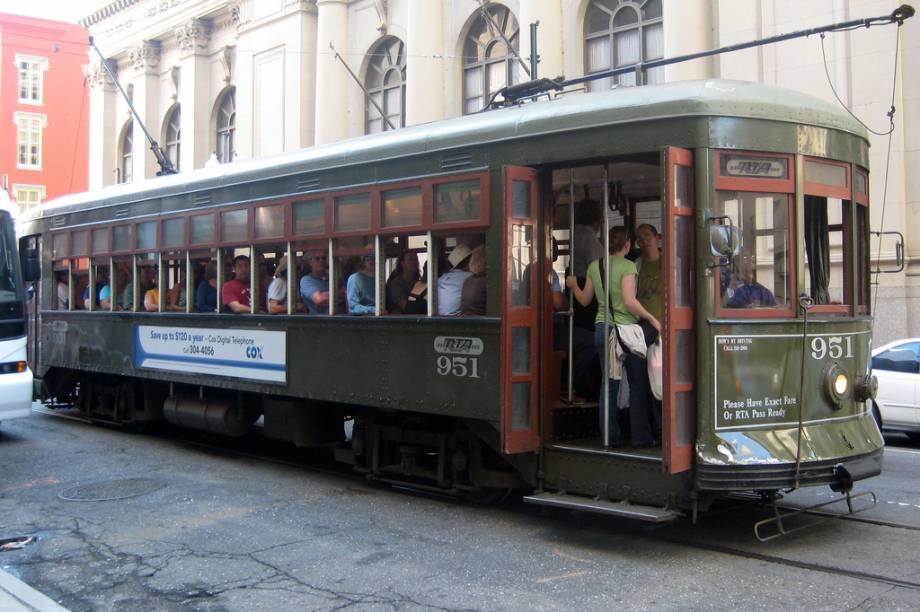 Os streetcar são a forma mais prática de transporte nas áreas turísticas de Nova Orleans