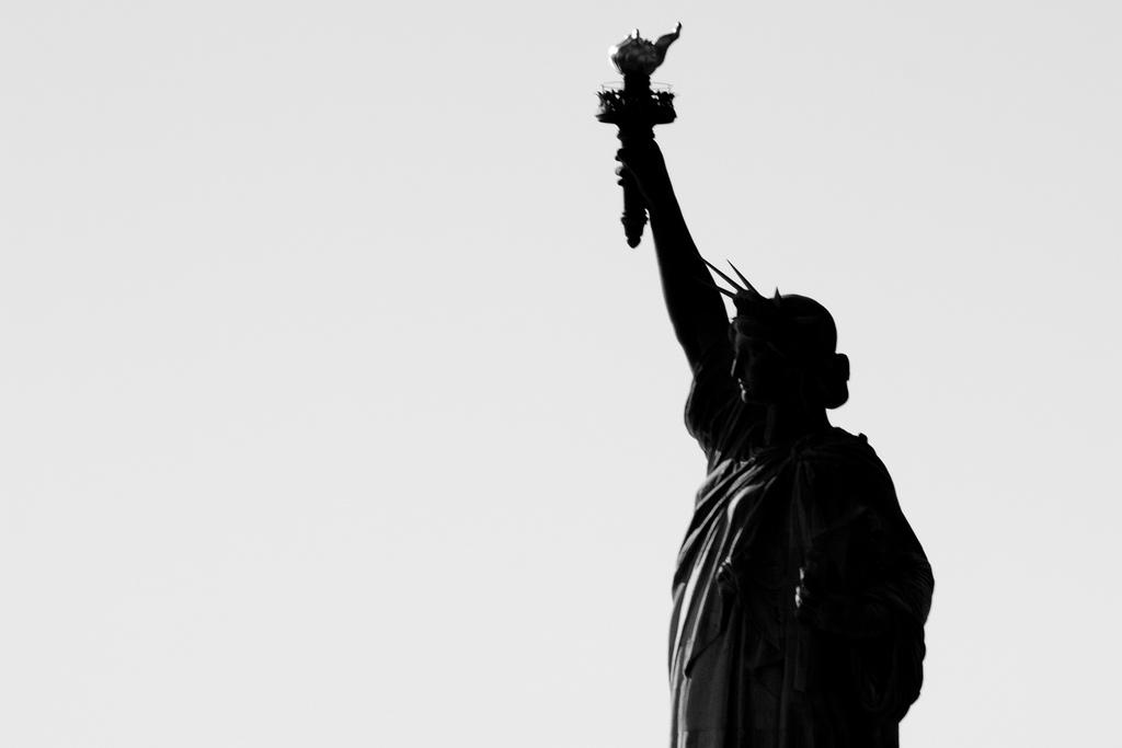 Dá para fazer um passeio de barco e ver a Estátua da Liberdade sem gastar nada!