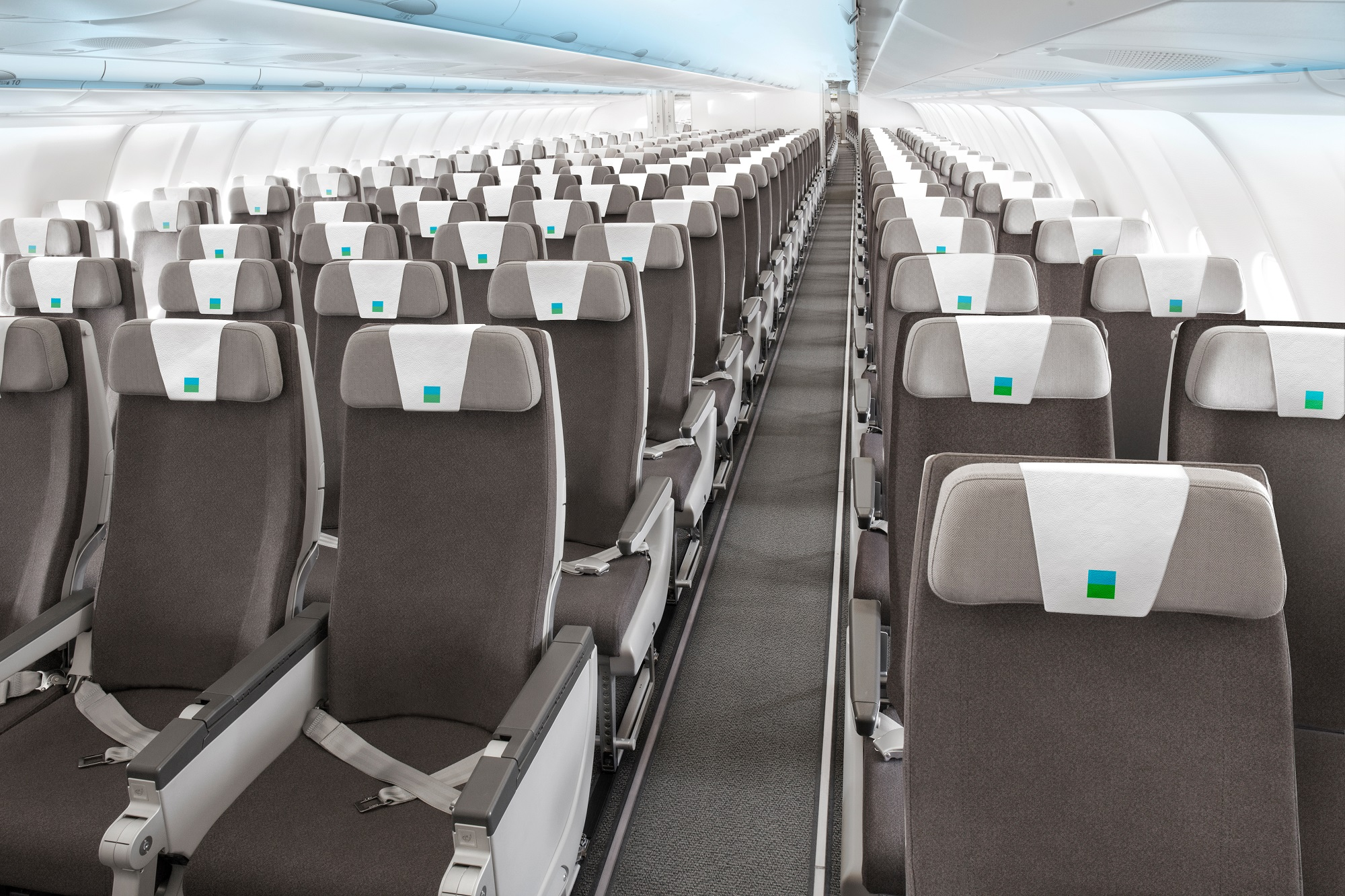 Interior da companhia aérea Level, que quer fazer voos internacionais de longa duração com tarifas low cost