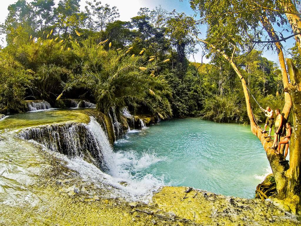 Cachoeiras Kuang Si Falls, em Luang Prabang, Laos, Sudeste Asiático