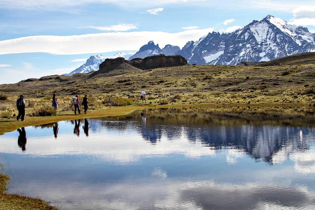 Trilha em Torres del Paine, na Patagônia, Chile