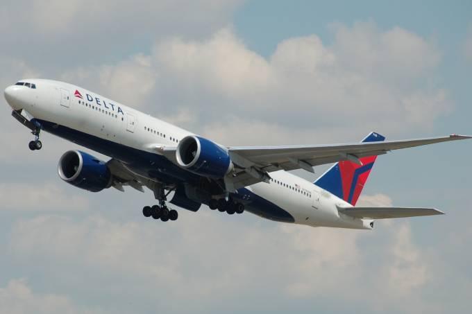 Avião da companhia aérea Delta, dos Estados Unidos