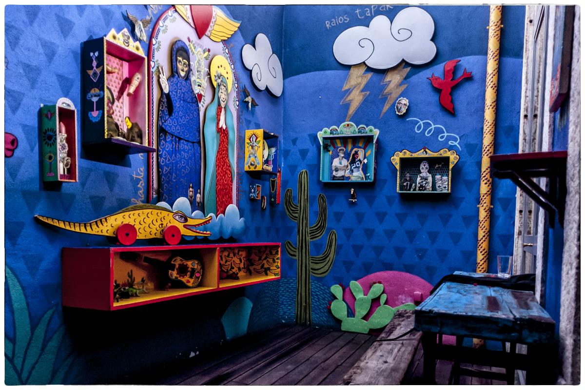 Detalhe do coloridíssimo El Clandestino: o México é aqui!
