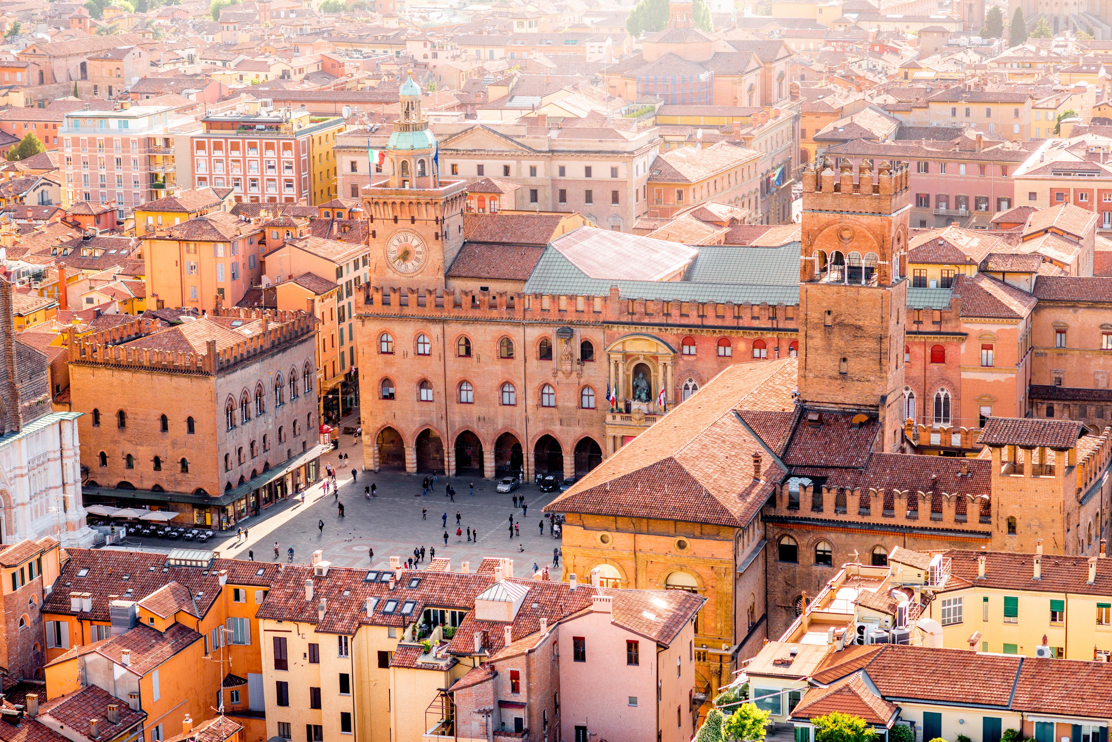 Bolonha e Ferrara