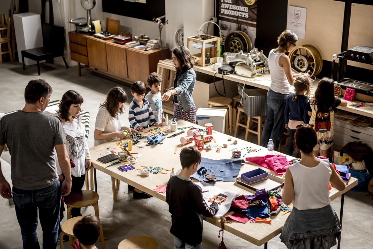 O galpão da Fábrica Moderna: de impressão 3D a workshops infantis