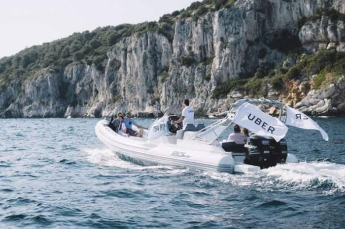 Uberboat na costa da turquia