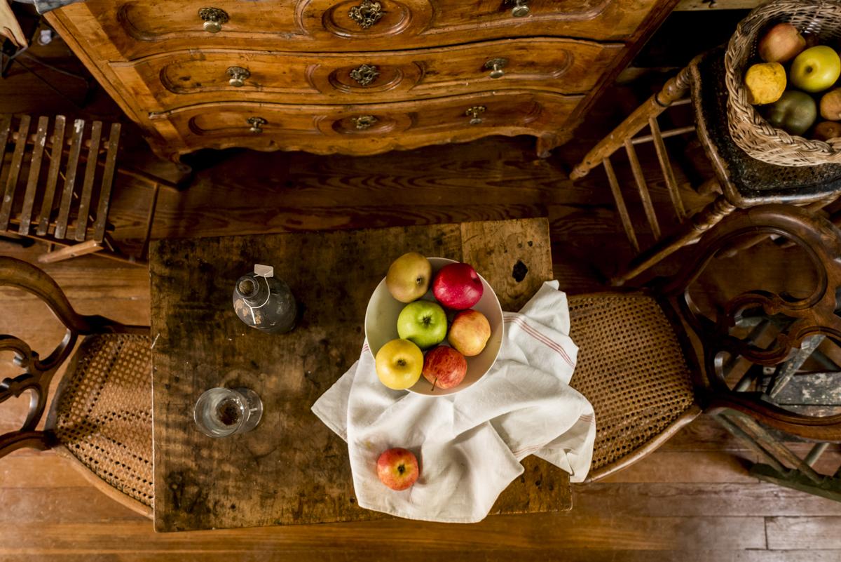 Objetos no estúdio de Cézanne: como entrar em seus quadros