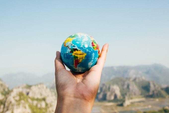 Viajar pelo mundo pode te ajudar em sua carreira profissional