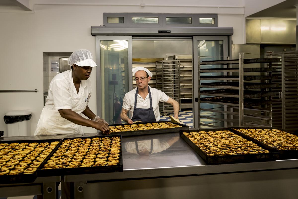 Fornadas na Antiga Fábrica dos Pastéis de Belém: quentinhos e deliciosos