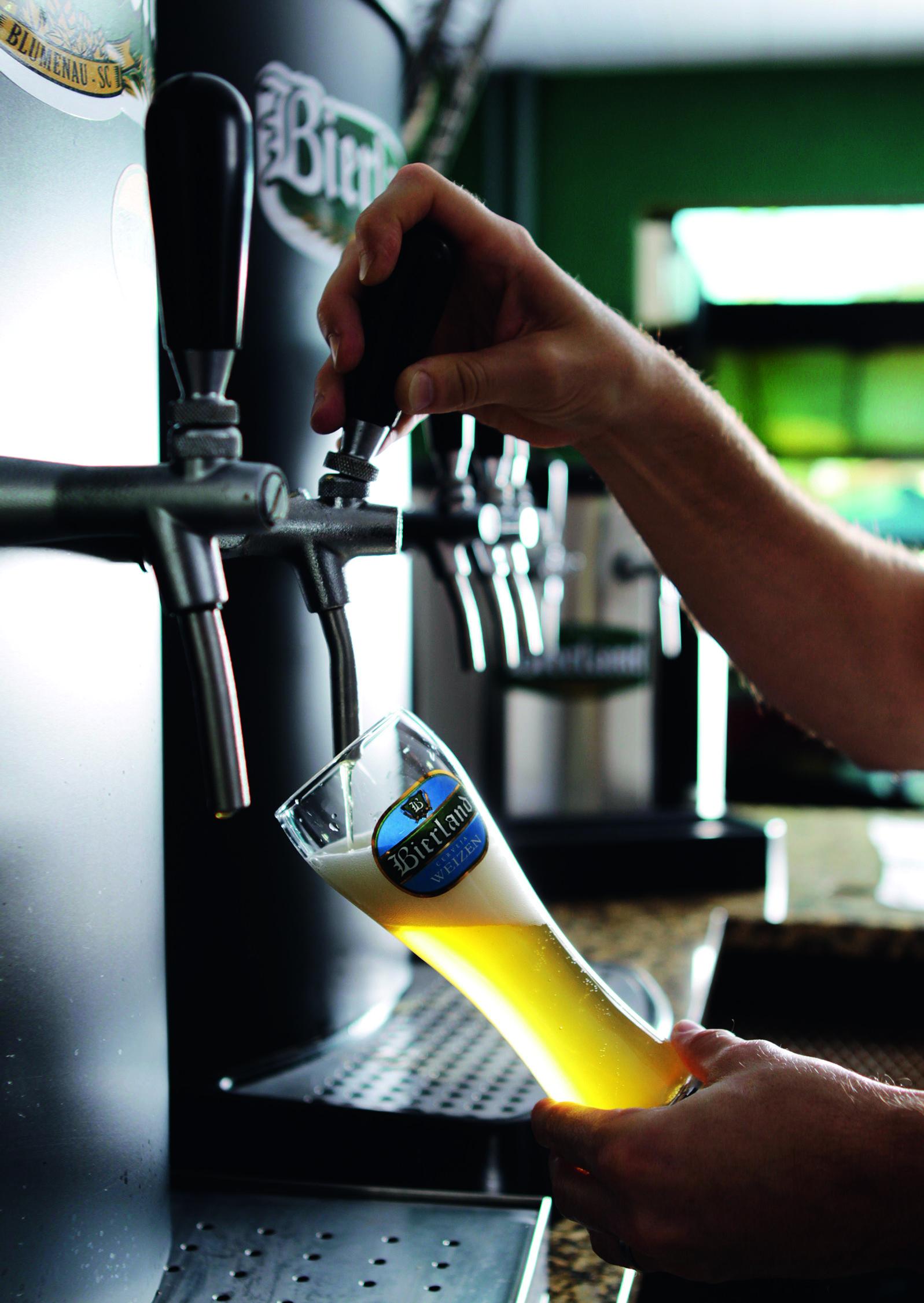 Chope da Cervejaria Bierland.