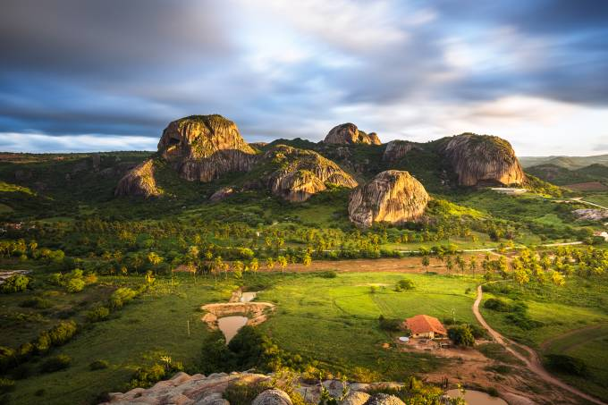 Pedras da Boca e da Caveira vistas da Pedra do Lagarto no Parque Estadual da Pedra da Boca, Araruna, Paraiba Ruy Carvalho