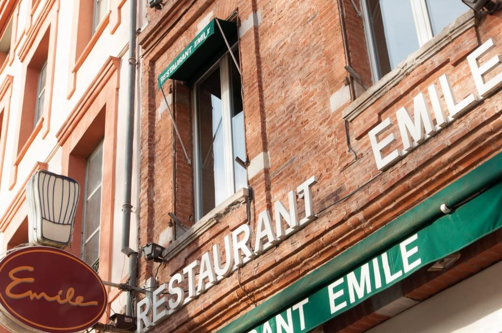 Restaurante Emile, La Place Saint Georges