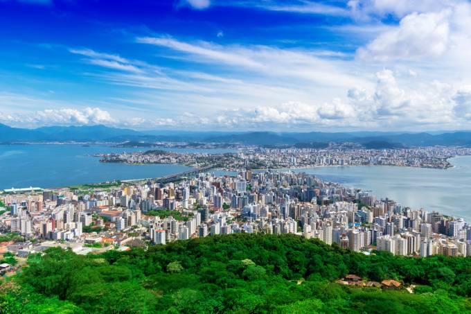 Vista geral da cidade de Florianópolis, capital do Estado de Santa Catarina