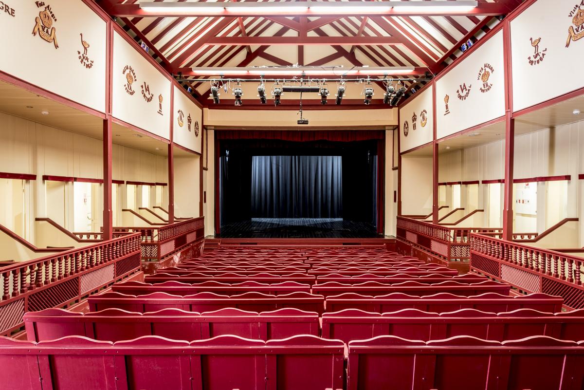 A sala de teatro que ainda hoje recebe espetáculos: uma pérola