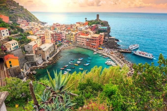 Vernazza, na Ligúria, um dos vilarejos mais lindos das Cinque Terre