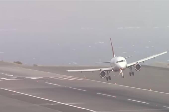 Pouso forçado de um avião da Air Berlin na Ilha da Madeira em Portugal