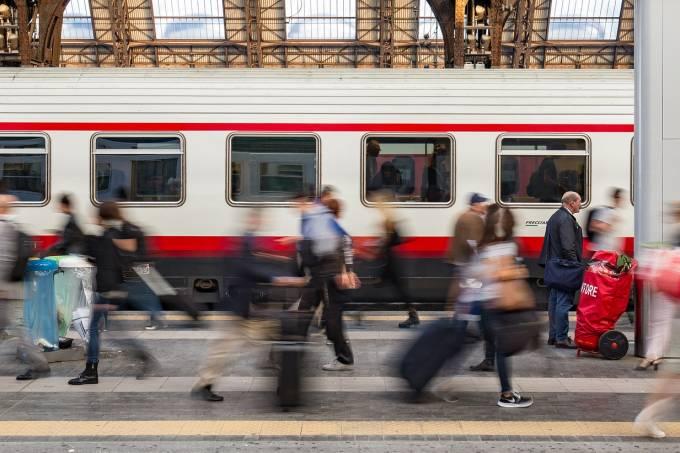 Estação de trem de Milão, Itália