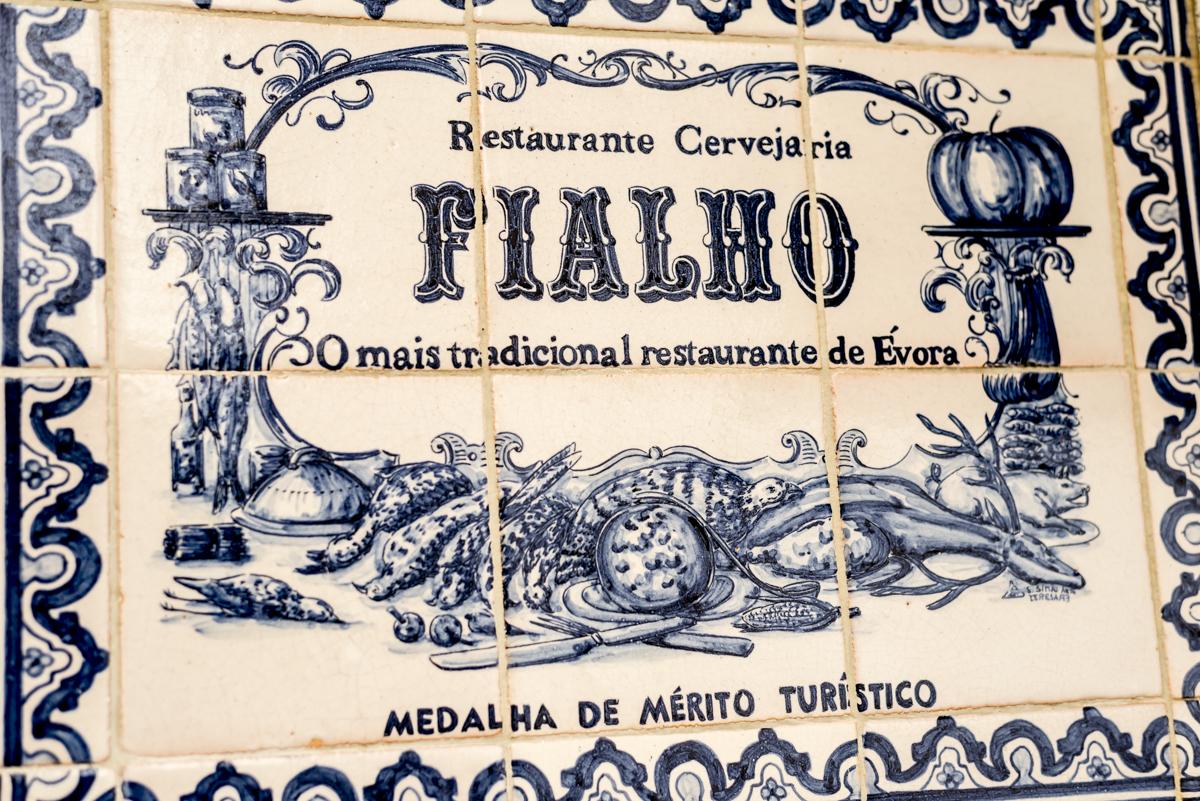 A entrada do restaurante: viagem aos melhores sabores de Portugal