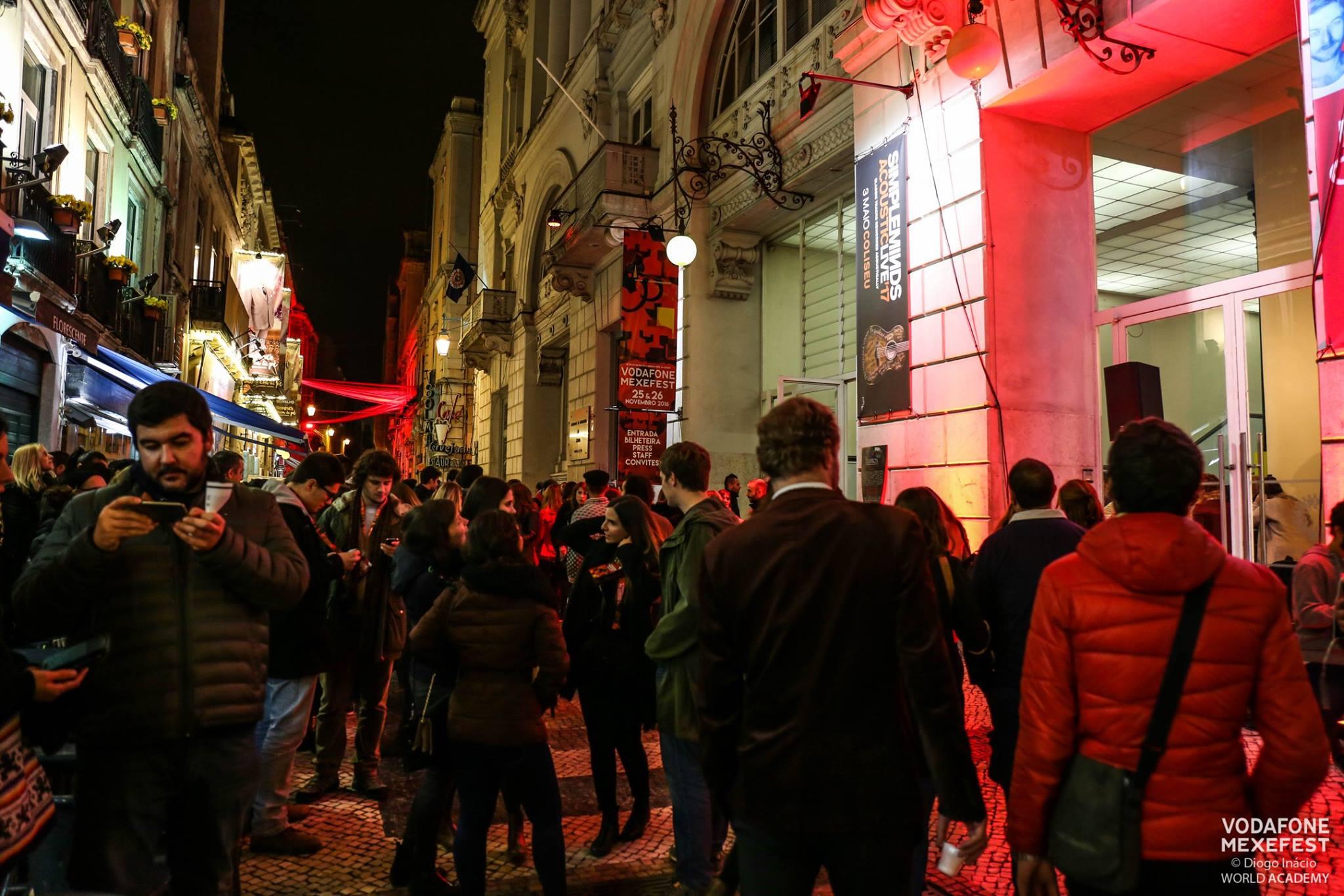 As ruas do centro, nos arredores dos palcos do festival