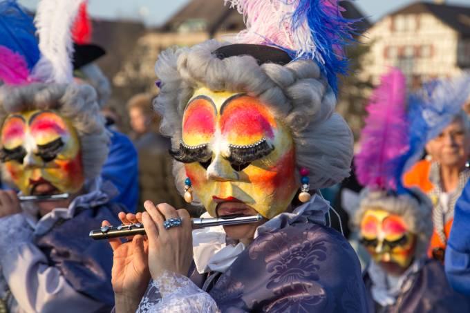 Desfiles de carnaval em Basel, na Suíça