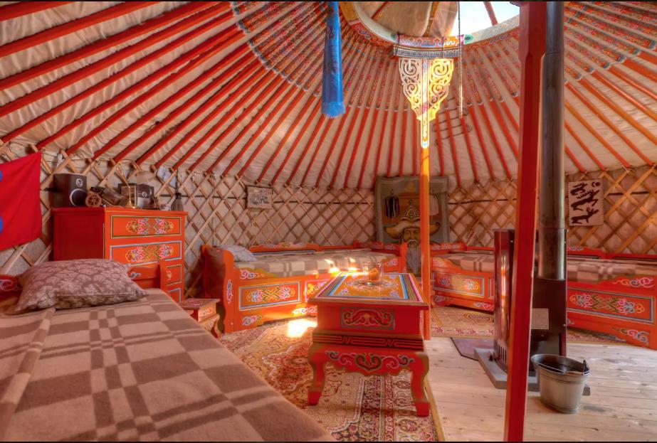 Yurt, acomodação do Airbnb, na Alemanha