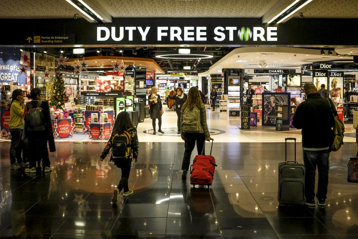 A entrada do Duty Free no Terminal 1: enorme
