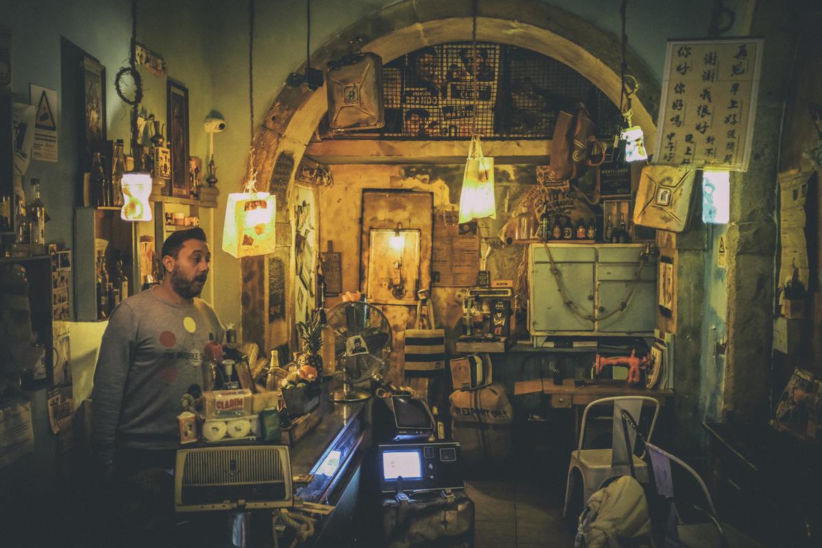 O caos delicioso: a bagunça mais aconchegante de Lisboa
