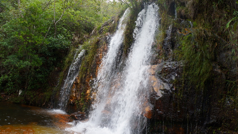 A Véu da Noiva é a queda mais alta da Cachoeira dos Cristais, em Alto Paraíso de Goiás
