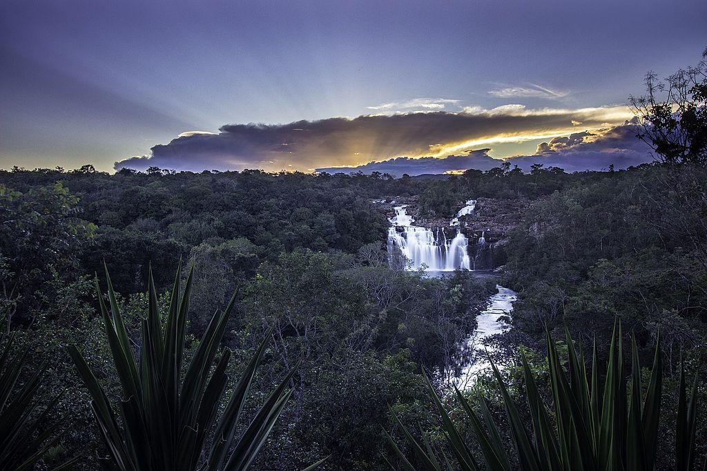 Apesar da distância, o Poço Encantado é uma das atrações mais visitadas da Chapada dos Veadeiros