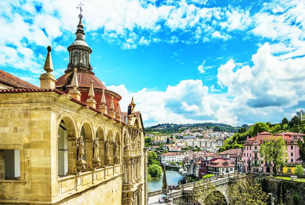 Igreja e Ponte de São Gonçalo, Amarante, Portugal