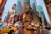 Times Square à noite, em Nova York