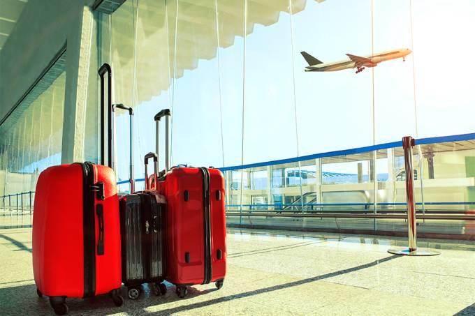 Bagagens em aeroporto