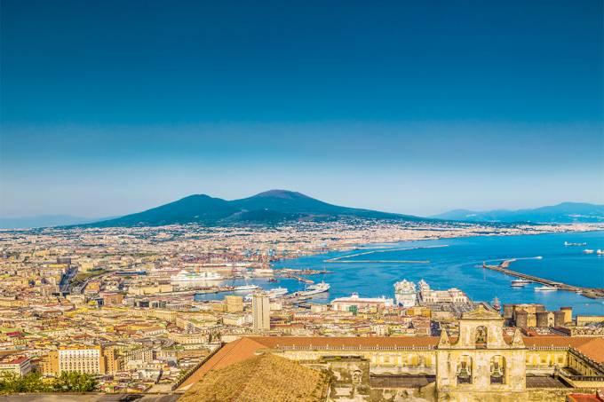 Paisagem de Nápoles, Itália