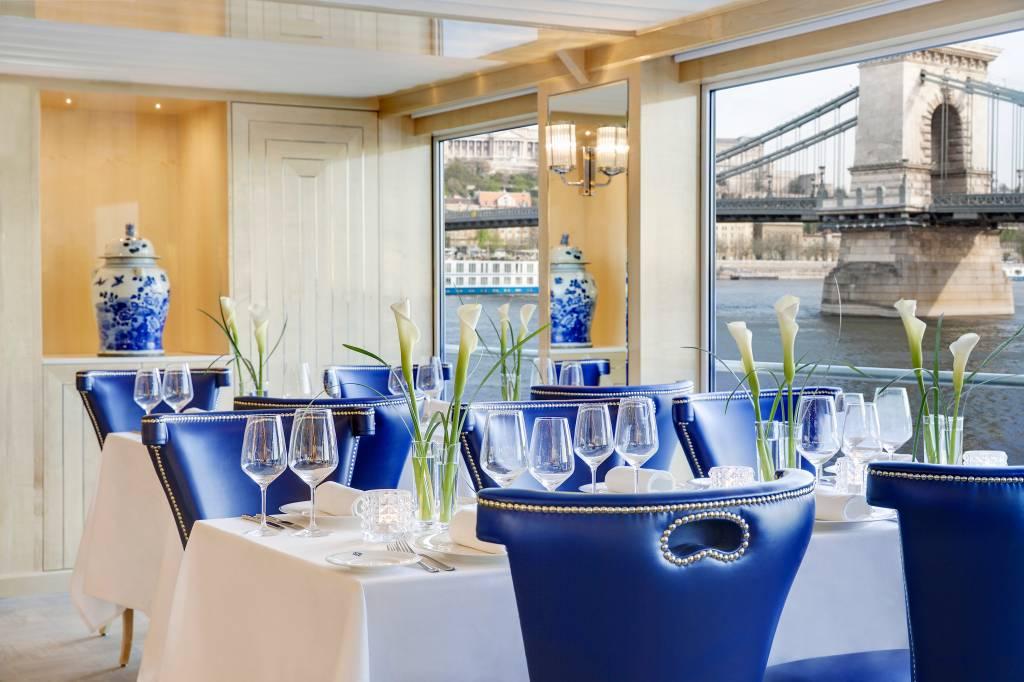 O restaurante principal: bela comida e lindas vistas