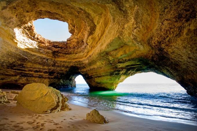 Algar de Benagil, Algarve