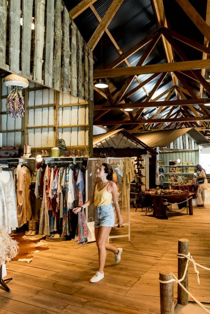 As lojinhas da Casa da Cultura: belo mix