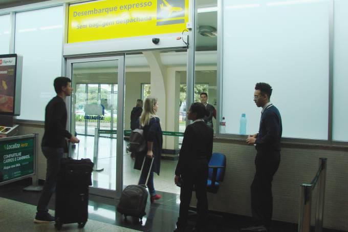 Porta de desembarque para passageiros sem bagagem despachada, Aeroporto de Congonhas