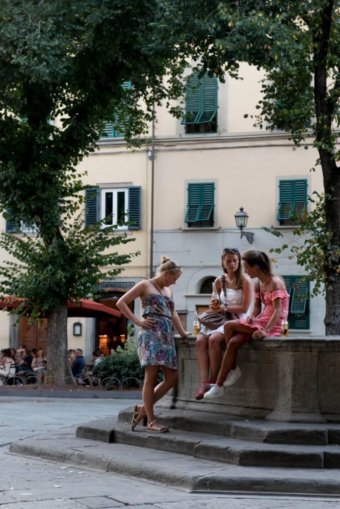 "Happy hour na Piazza Santo Spirito: ""o"" lugar para estar"