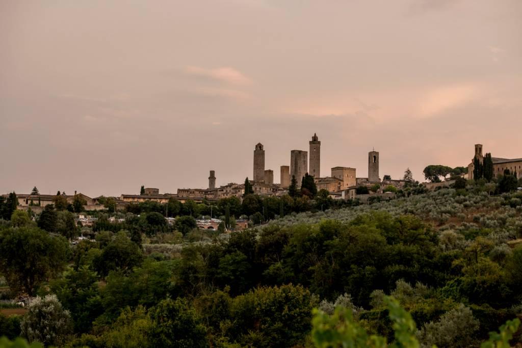 A silhueta das torres de San Gimignano: cidade-cenário