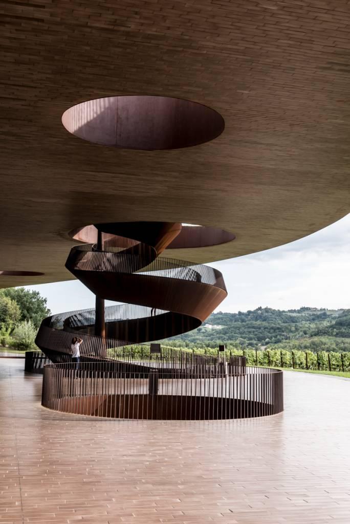A vinícola Antinori nel Chianti Classico: sopro de modernidade