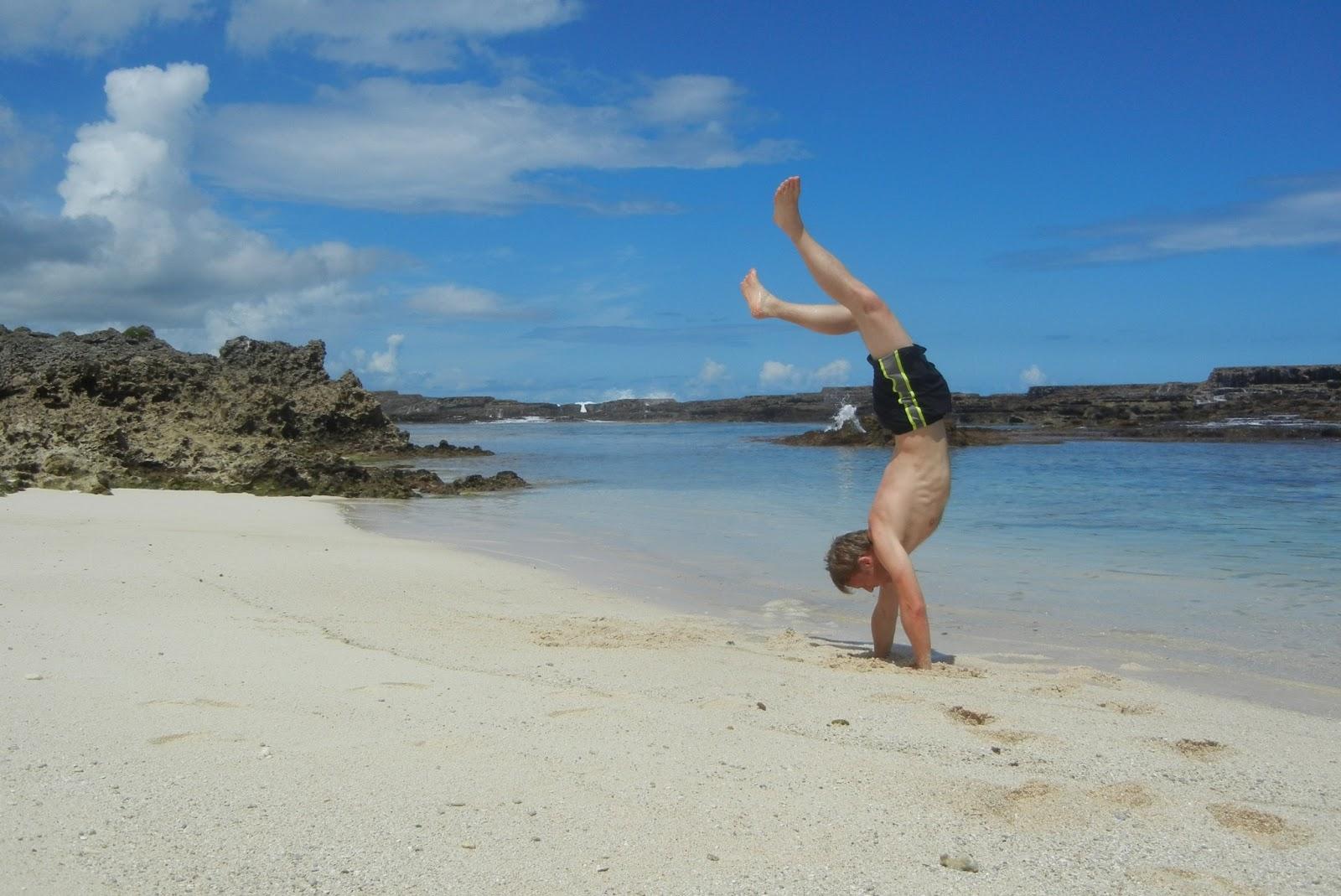Gunnar Garfors em Tonga, Oceania